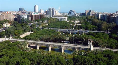 el jardin del turia  turia garden valencia