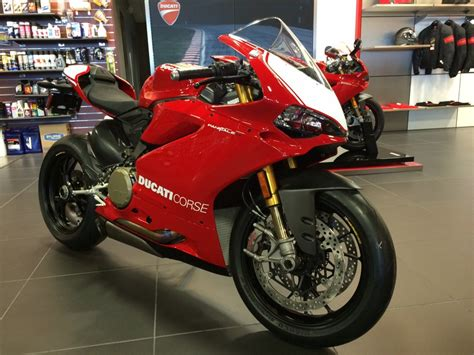 Page 30948, 2015 Ducati 1299 Panigale R Special, New And