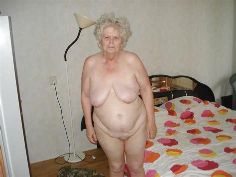 Oma Alte Reife Haarige Amteur Gromutter Oma Nackt Pornobilder Sex Fotos Xxx Bilder
