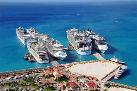 The Big Dustup Busy Day At The Cruise Port On St. Maarten