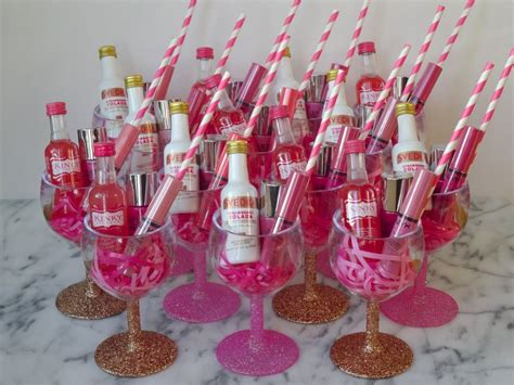 Fun And Easy Diy Bachelorette Party Favors Are Up On The
