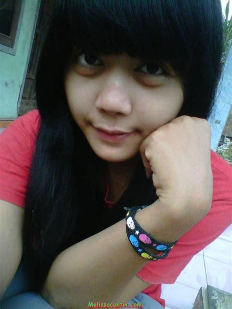 Foto Pesona Cewek Indramayu Cantik Berjilbab Nikah Muda