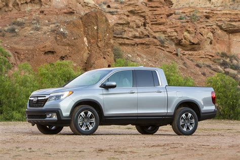 Best Gas Mileage Midsize Truck by Best Small Trucks For Gas Mileage Carrrs Auto Portal