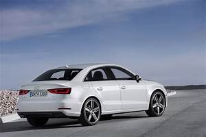 Photo Audi A3 : 2014 audi a3 sedan revealed autoevolution ~ Gottalentnigeria.com Avis de Voitures
