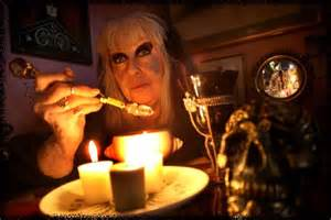 Salem Witch Laurie Cabot
