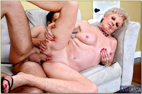 My Grandma Enjoying To Kissing And Fucked Lusty Granny Mrs