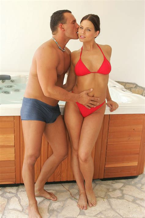 Simony Diamond Hot Tub Bikini Sex
