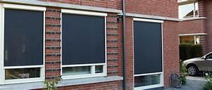 zonnescherm voor het raam