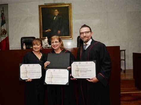 Judicial Fiat by Reconocen A Impartidores De Justicia Con El Reconocimiento