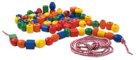 coffret 80 grosses perles en bois 224 enfiler lacer enfant