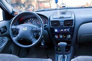 2003 Nissan Sentra - Pictures