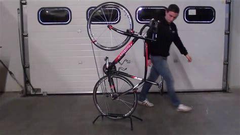 Fahrrad Aufhängen Senkrecht by Fahrradst 228 Nder F 252 R Rennrad Fahrrad Vertikal Aufh 228 Ngen