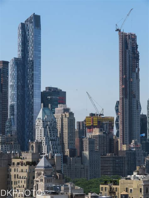 69 Story 116 Unit Residential Tower Tops Out At 220