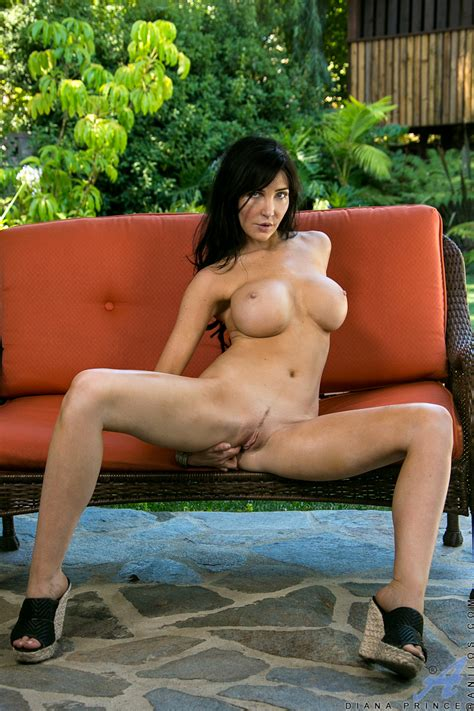 freshest mature women on the net featuring anilos diana prince mature sex woman