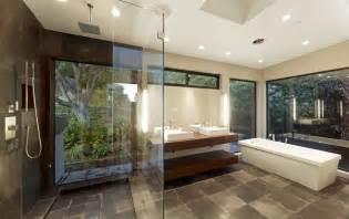 Modern Contemporary Master Bathroom