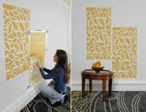 schablonen für wandgestaltung wände streichen 24 kreative ideen mit wandschablonen inkl anleitung