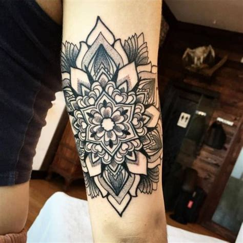 ornamental mandala tattoo    tricep tattoo