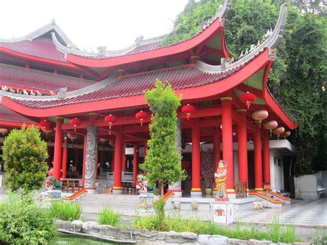 sam poo kong temple  semarang central java indonesia