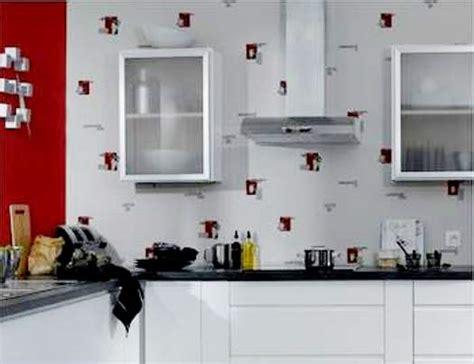 papiers peints pour cuisine pour une cuisine originale papier peint ou toile de verre