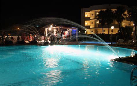 piscina il gabbiano hotel sul mare in salento gabbiano hotel