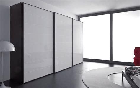 dimensioni armadio ante scorrevoli armadio tre ante scorrevoli armadi moderni