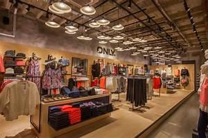 Boutique Orange Metz : only store by riis retail stuttgart germany ~ Mglfilm.com Idées de Décoration