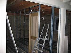 Couper Rail Placo : pose des rails pour placo platre et isolation et velux ~ Melissatoandfro.com Idées de Décoration