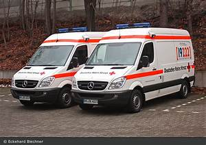 Deutsches Rotes Kreuz Hamburg : einsatzfahrzeug hh drk rotkreuz hamburg rtw 37 41 und 72 41 bos fahrzeuge ~ Buech-reservation.com Haus und Dekorationen