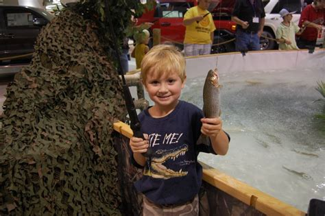 Houston Boat Show Admission by Prepare For The Outdoors At The 2015 Houston Boat Show
