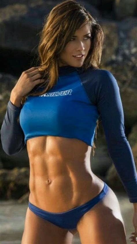 Only Ripped Girls — Superb Abs | Lichaamsbouw, Modellen