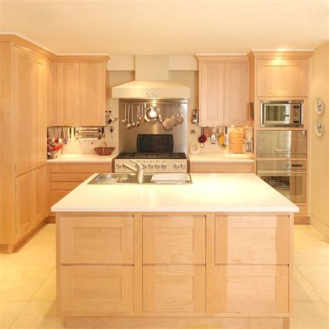tops kitchen cabinet 8 best kitchen with maple cabinets images on 2870