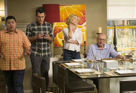modern family tv modern family season 8 preview today s news our take tvguide