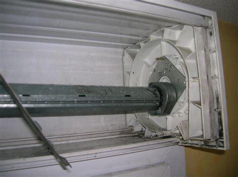 mécanisme volet roulant manuel d 233 monter et r 233 parer un volet roulant manuel
