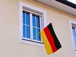 Alternative Zu Gardinen Am Fenster : flagge zeigen fahnenhalterung halter f r fahnen flaggenhalterung fahnenfix die ~ Sanjose-hotels-ca.com Haus und Dekorationen