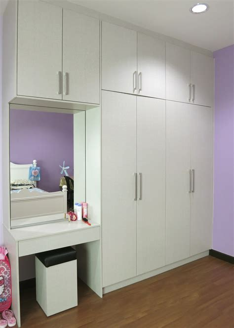 Wardrobe Cabinet With Mirror by What You Need To Before Installing Built In Wardrobes