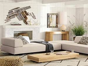 Decorating a large living room wall modern house for Large wall decorations living room
