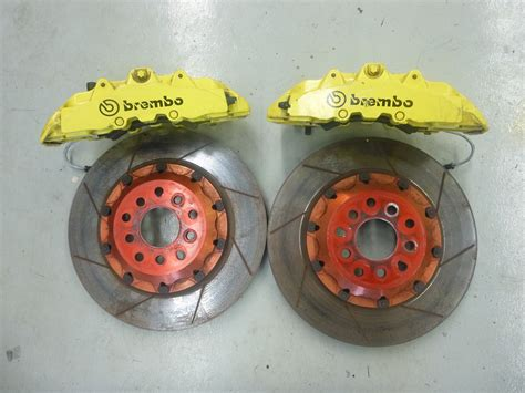 8 Piston Calipers by 550 F550 Maranello Brembo 8 Piston Front Brake