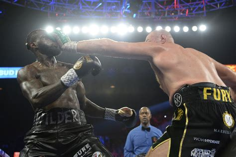 Tyson Fury Sings About Deontay Wilder's Defeat During Las ...