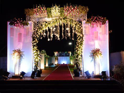mumbai indian wedding reception decorators  planners