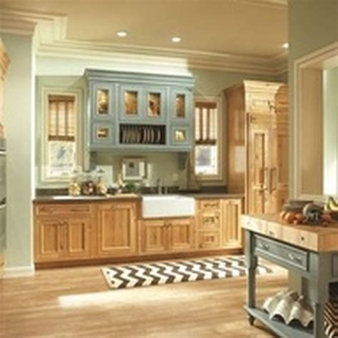kitchen painting ideas with oak cabinets kitchen paint ideas oak cabinets interior exterior doors