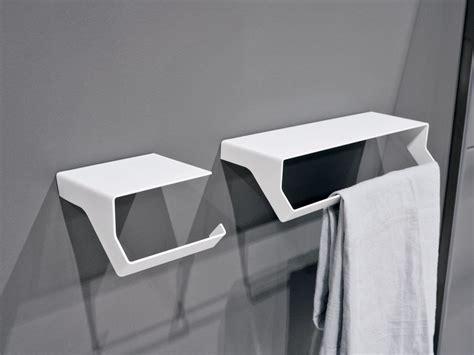 arredamento mensole di design gli accessori design per il bagno qgini di antonio lupi