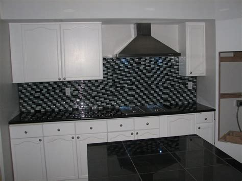 lazy granite tile for kitchen countertops kitchen countertops finished with absolute black lazy 9679