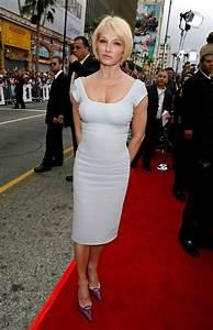 Ellen Barkin Photos Photos - Celebs arrive at Warner Bros ...