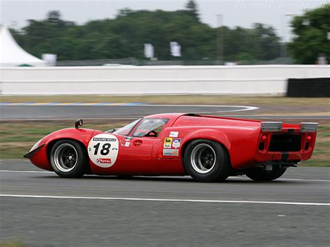 Lola T70 Mk3 Coupe Chevrolet High Resolution Image (5 of 12)