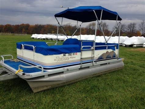 Tahoe Pontoon Boat Covers by 1998 Used Tahoe Pontoons 1622 Alpine Pontoon Boat For Sale