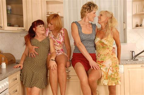 004 Porn Pic From Mature Geo Lesbian Foursome Sex