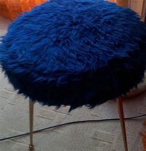 Tabouret A Poils : les caprices de prisca tabourets chaises fauteuils annes 60 70 ~ Teatrodelosmanantiales.com Idées de Décoration