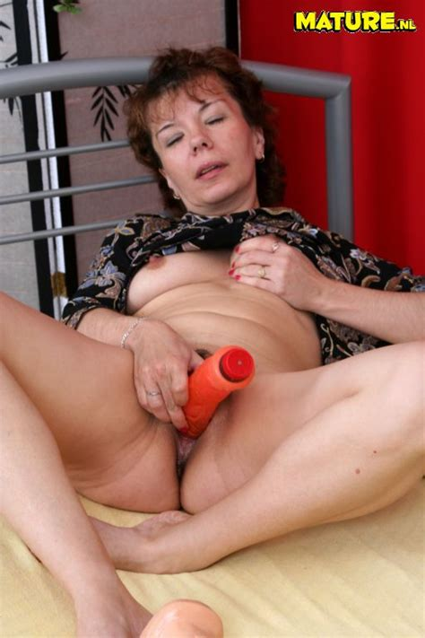 How to fuck elderly aunt mature mature porn granny old jpg 512x768