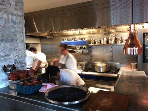 restaurant cuisine ouverte andina cuisine péruvienne la vague à touché londres chefs pourcel