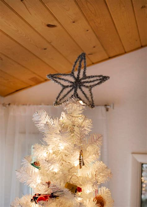 easy diy christmas tree toppers a beautiful mess